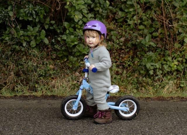 Jeżdżenie na rowerze -  kolejny etap rozwoju motorycznego dziecka